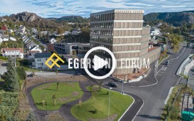 Se video av byggingen av Egersund Forum